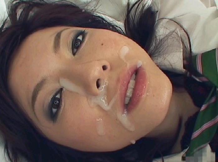 【鼻射エロ画像】最後のイク時は嫌がっても鼻の穴めがけて射精したい! 05