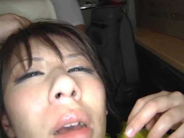 【鼻射エロ画像】最後のイク時は嫌がっても鼻の穴めがけて射精したい! 06