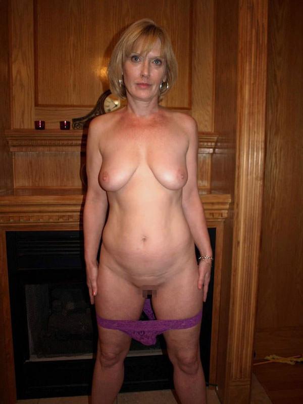 【外人熟女エロ画像】外人ならではのボリューミーのある胸やケツはたまらんですよw 06
