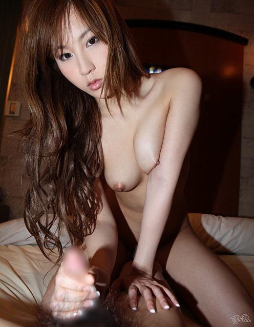 【手コキエロ画像】可愛い女の子が一心不乱にシゴイている姿に興奮MAX! 17