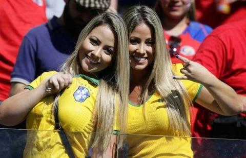 【ブラジル女性サポーターエロ画像】結構可愛い子がいる、サッカー好きなブラジル女性サポーター 14