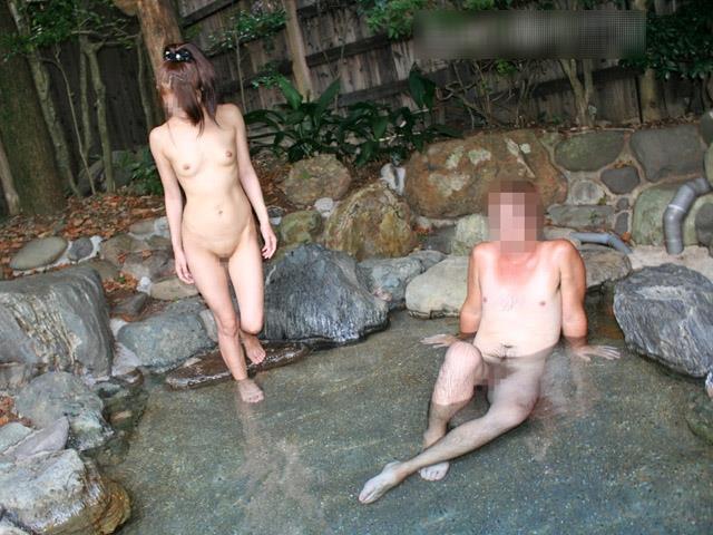 【混浴エロ画像】気持ちのいい露天風呂で気持ちのいいエロいコトしたいッス! 20