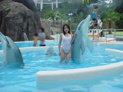 【夏水着エロ画像】夏の女の子の水着ってどうしてこんなにエロいのか! 19