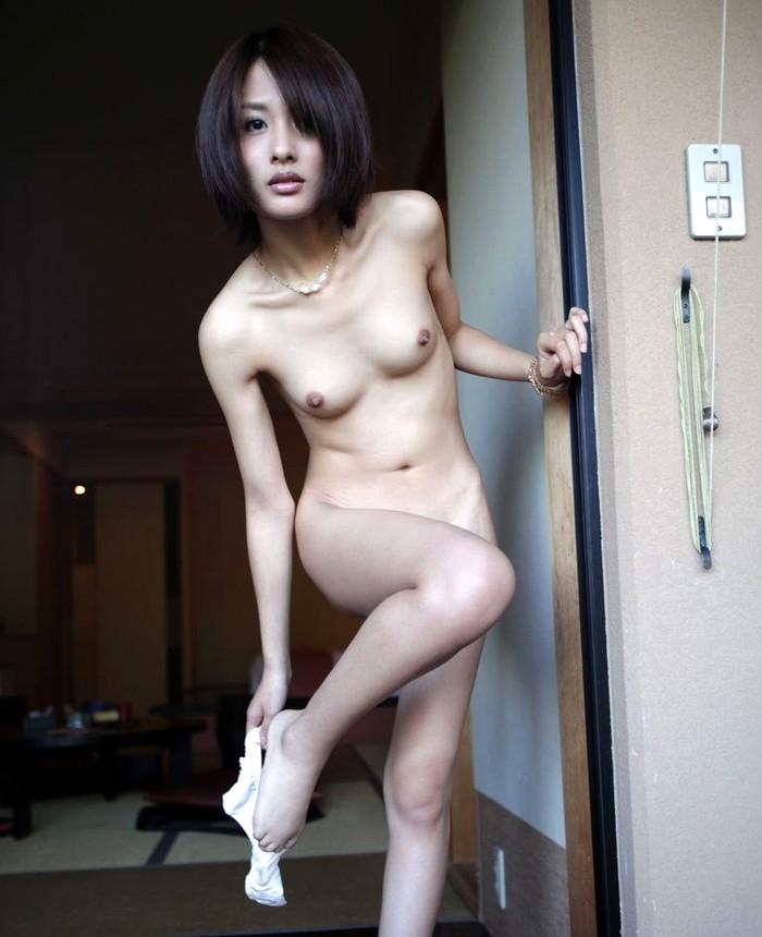 【熟女エロ画像】仕草がそこはかとなくムンムンとするアラフォー女性が一番エロイ! 09