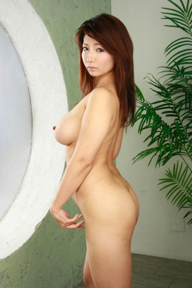 【熟女エロ画像】仕草がそこはかとなくムンムンとするアラフォー女性が一番エロイ! 19