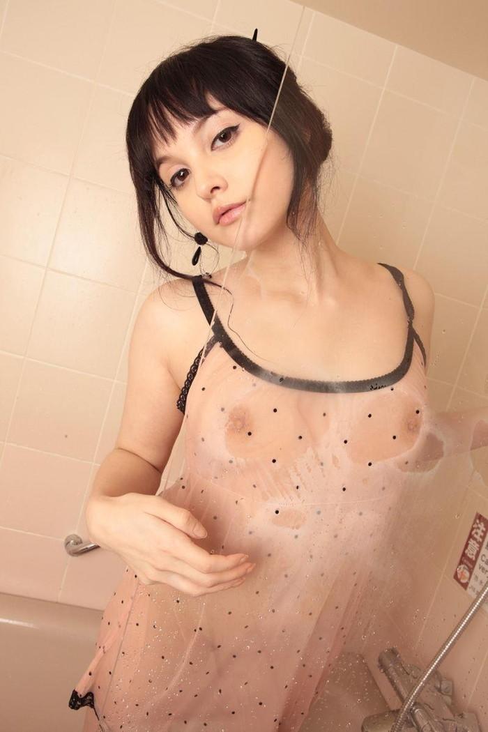 【ハーフエロ画像】ハーフは外人よりも日本人よりもエロい雰囲気を醸し出すよ 23