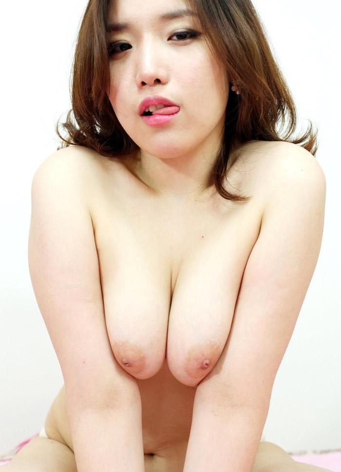 【韓国美人エロ画像】コリアン女性って抱いてみたいけどどうなんだろう? 22