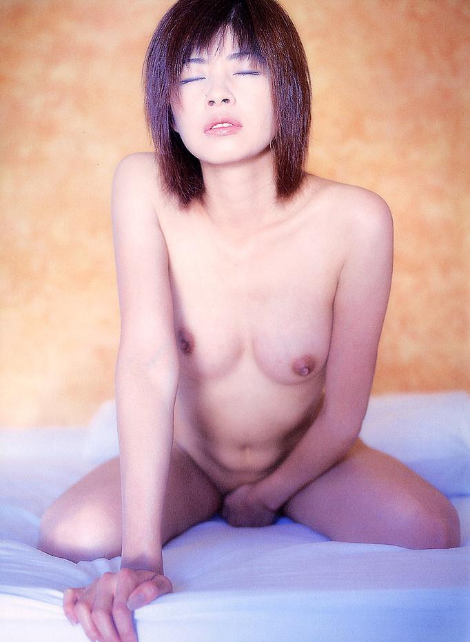 【脱いだ芸能人エロ画像】え!?この人脱いでたの!?脱いだ芸能人の素晴らしすぎる裸体 09
