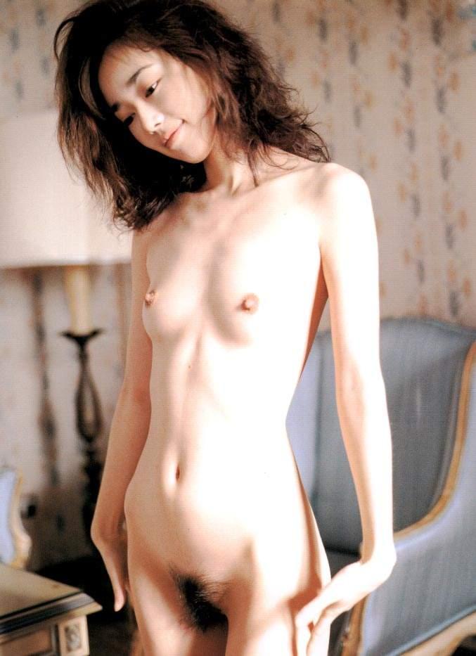 【脱いだ芸能人エロ画像】え!?この人脱いでたの!?脱いだ芸能人の素晴らしすぎる裸体 12