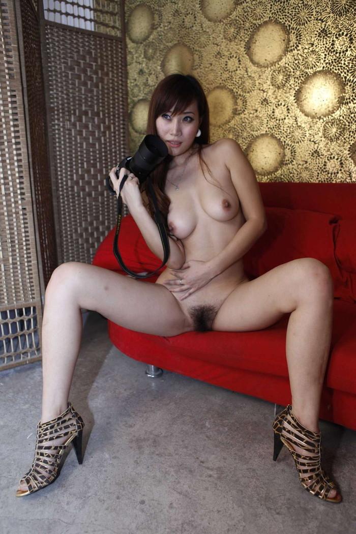 【中国人エロ画像】同じアジア人種なのに不思議な興奮が!?中国人の美乳ヌード 19