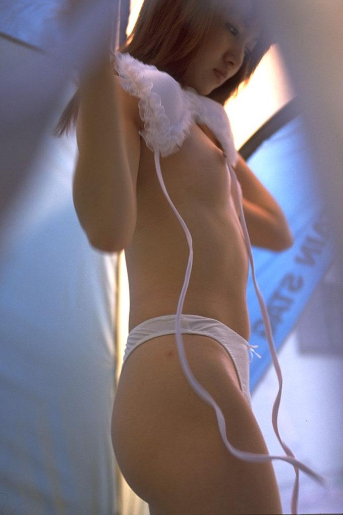 【盗撮エロ画像】偶然見えたエロだから興奮できる素人盗撮エロ画像!! 01