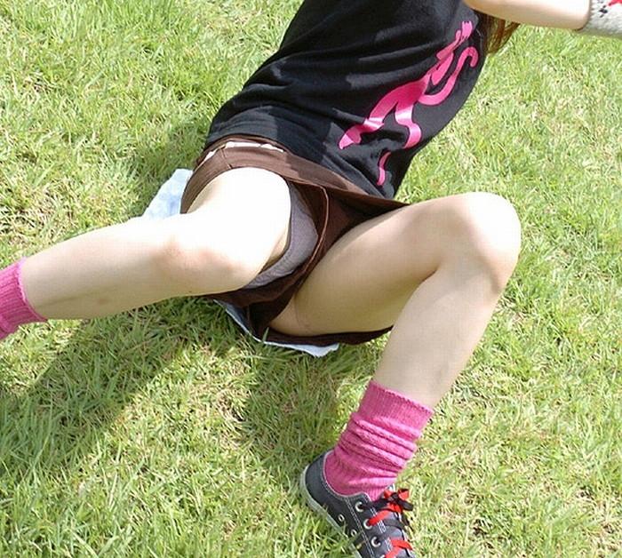 【ハプニングエロ画像】様々なシーンでめくるめく起こるエロハプニングの数々! 06