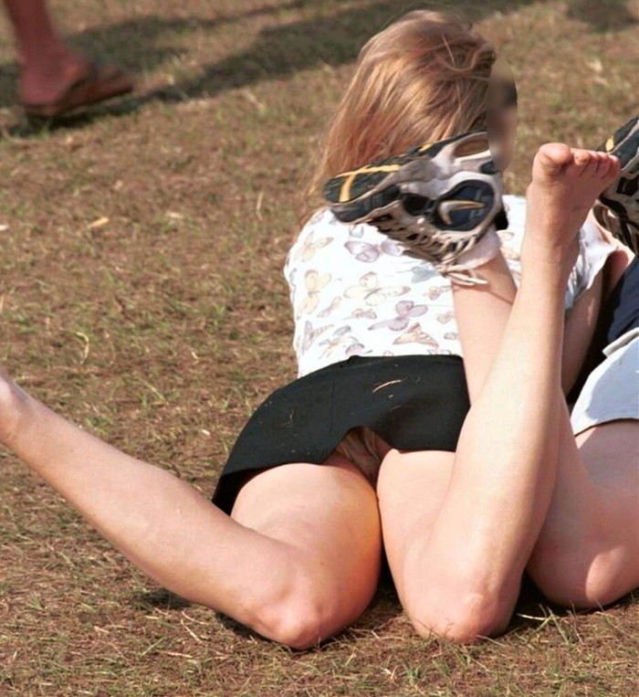 【ハプニングエロ画像】様々なシーンでめくるめく起こるエロハプニングの数々! 11