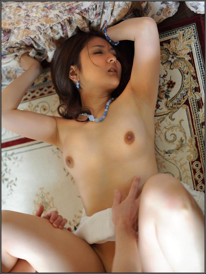 【悦顔エロ画像】セックスの最中にしか見せない女の喜びを得た瞬間の女の表情ってエロいよな? 13
