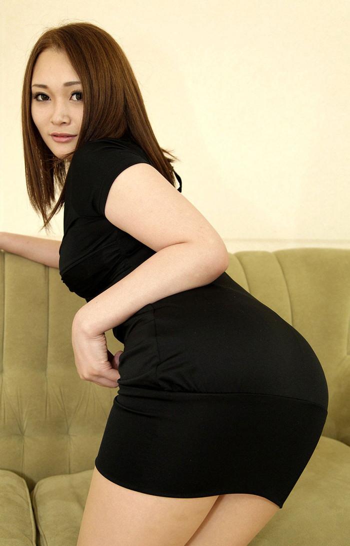 【美熟女エロ画像】あふれ出る熟女特有のオーラがエロさを演出する美人熟女 05