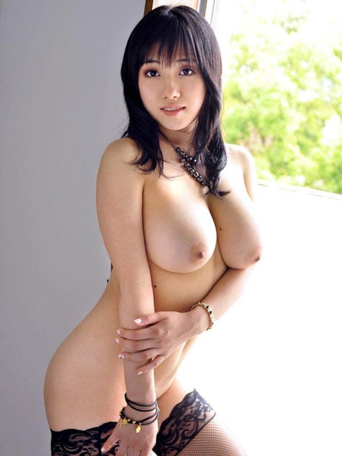 【美熟女エロ画像】あふれ出る熟女特有のオーラがエロさを演出する美人熟女 23