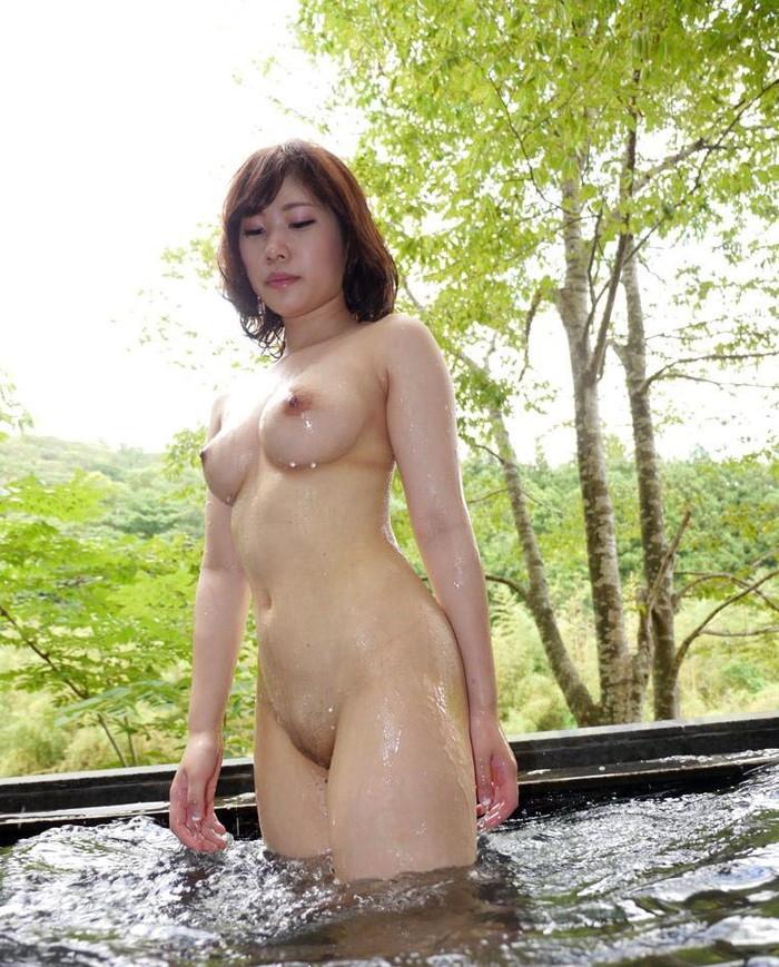 【入浴エロ画像】入浴する女の子!見たかった女湯の風景!絶景かな絶景かな!!w 15