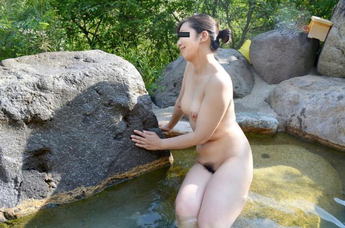 【入浴エロ画像】入浴する女の子!見たかった女湯の風景!絶景かな絶景かな!!w 22