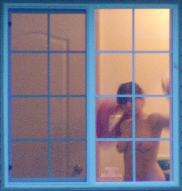 【民家盗撮エロ画像】まさか覗かれていたなんて!?民家盗撮の生々しい記録 06