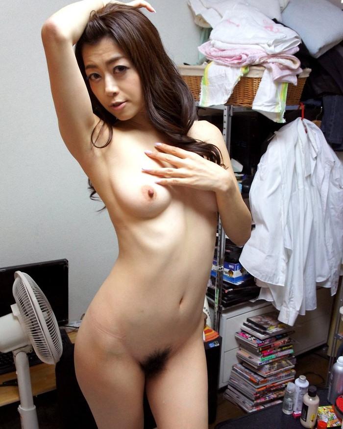 【美熟女エロ画像】若い娘にも負けない艶っぽさ!美しすぎる美熟女! 05