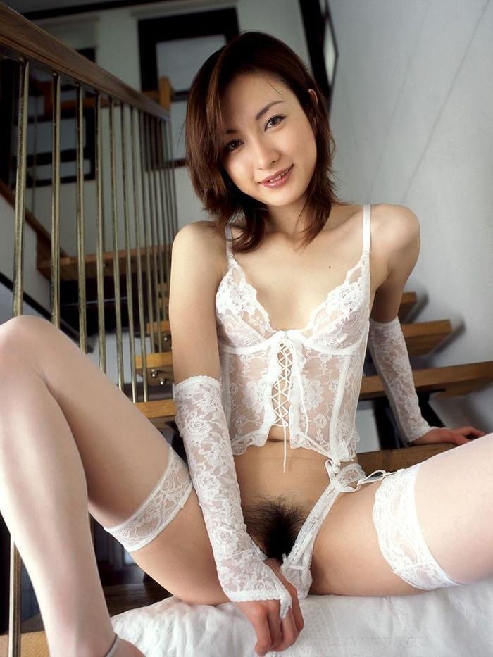 【美熟女エロ画像】若い娘にも負けない艶っぽさ!美しすぎる美熟女! 08