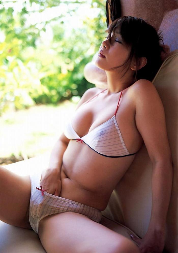 【オナニーエロ画像】気持ちいいは大前提!女性にとってメリットの多いオナニー! 13