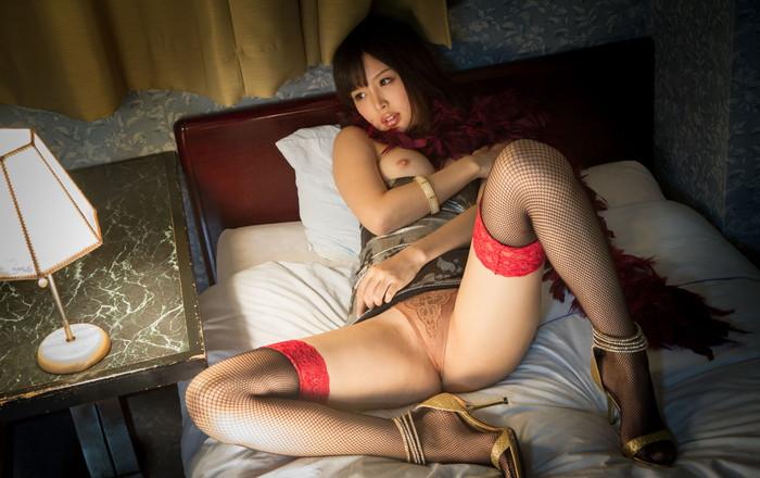 【葵つかさエロ画像】グラビアアイドルあがりの抜群のスタイル!大人気AV女優! 06