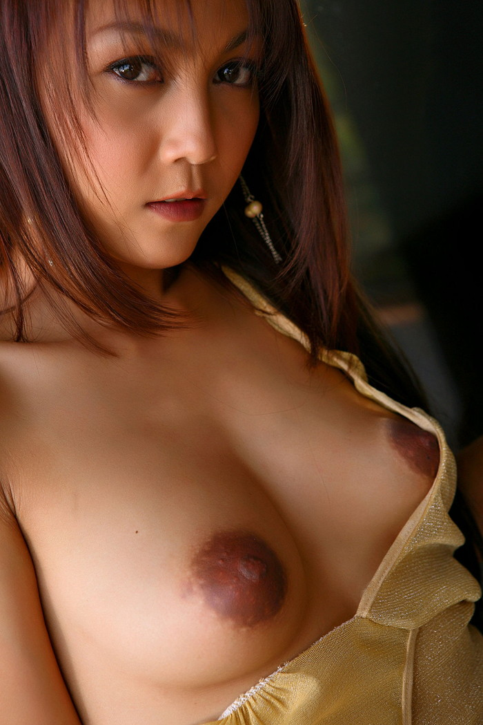 【アジアンおっぱいエロ画像】キメ細かな肌と美しくもエロいおっぱいのアジアン! 11