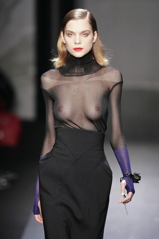 【ファッションショーエロ画像】コレどこのストリップ!違う!ファッションショーだ!w 07