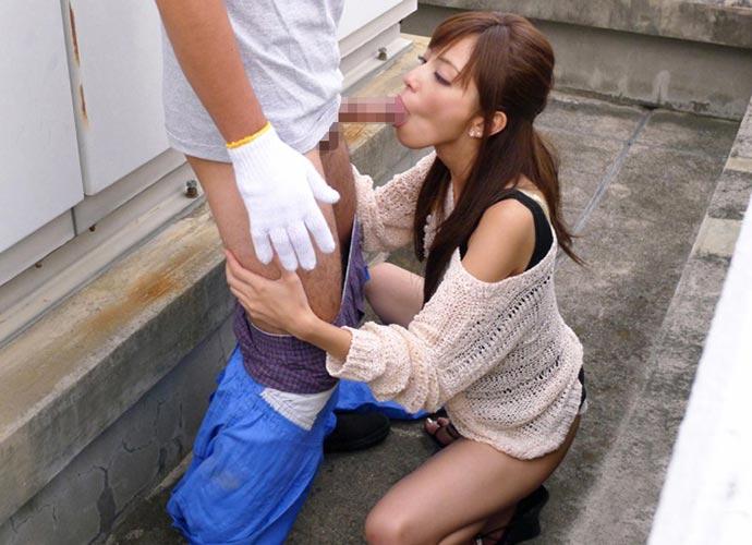 【フェラチオエロ画像】厭らしい舌使いでチンポを舐めあげるフェラチオ女子がエロ杉! 03