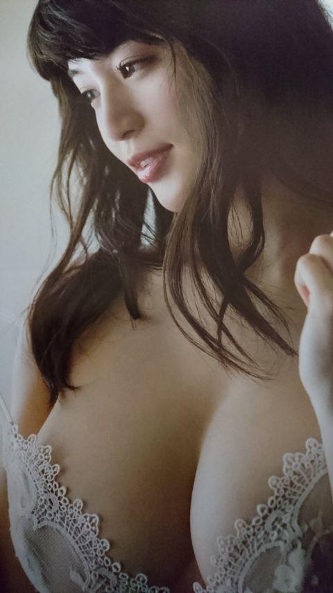 【高橋しょう子エロ画像】人気グラドルからAVへと転進した彼女のグラビア時代 01