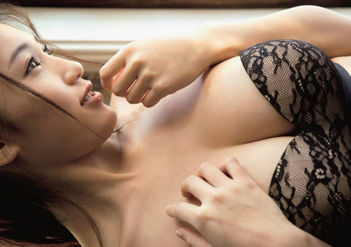 【高橋しょう子エロ画像】人気グラドルからAVへと転進した彼女のグラビア時代 22