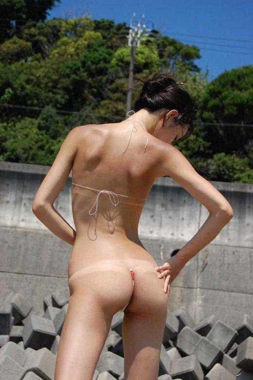 【過激水着エロ画像】これ本当に水着か!?全裸よりもエロいじゃないか!? 07