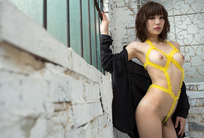 【鈴村あいりエロ画像】デビュー以来、その人気はうなぎ上りの大人気AV女優! 19