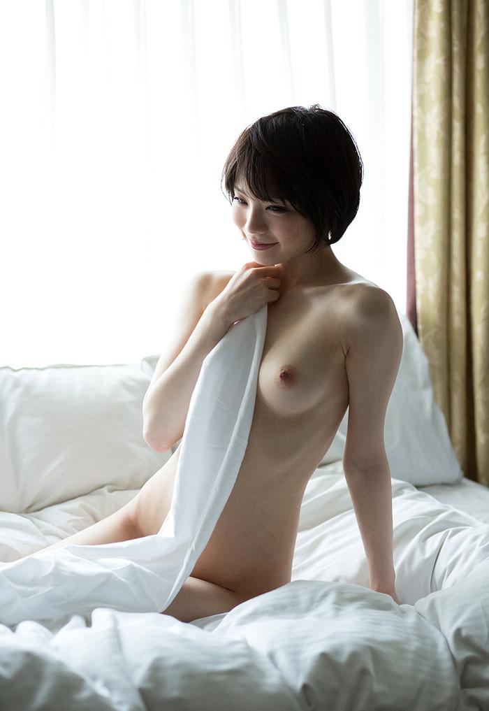 【鈴村あいりエロ画像】デビュー以来、その人気はうなぎ上りの大人気AV女優! 28
