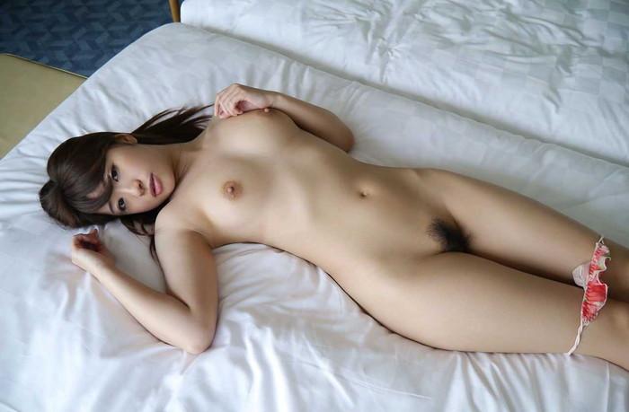 【初美沙希エロ画像】ロリ系でありながら巨乳!色白のハリのある肌が堪らん! 24