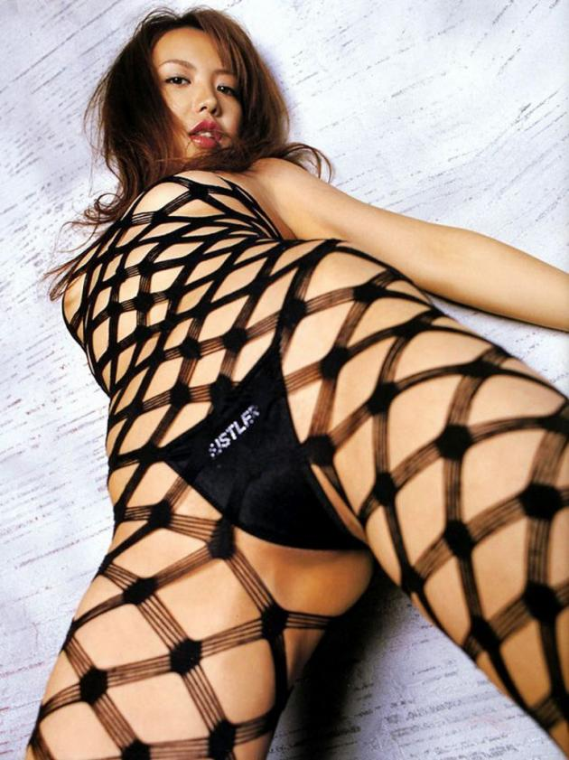 【網タイツエロ画像】全てがスケスケで隠せるところなんてない編みタイツってすげーなw 27