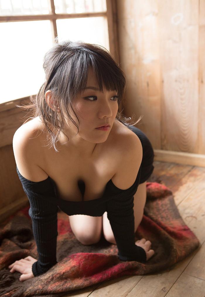 【澁谷果歩エロ画像】ツルツルの天然パイパンにGカップの美爆乳がエロいAV女優! 01