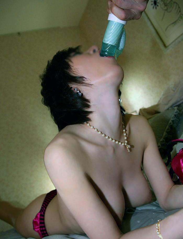 【擬似フェラエロ画像】擬似フェラなれど生々しくリアルなエロ姿! 25