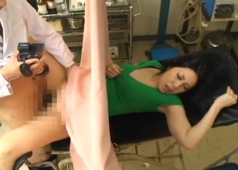 【悪徳婦人科医エロ画像】婦人科医が職権乱用して女体にイタズラした例がコチラw 07