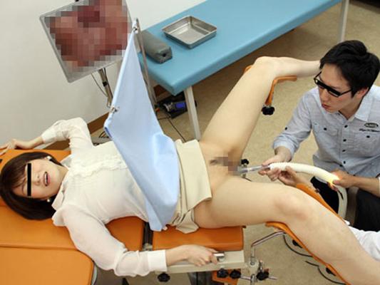【悪徳産婦人科医エロ画像】立場を利用して女の子のオマンコを悪戯放題だと!? 10