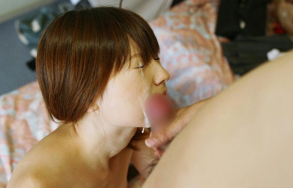 【顔射エロ画像】ドロッドロのザーメンで女の子顔、汚したったwww