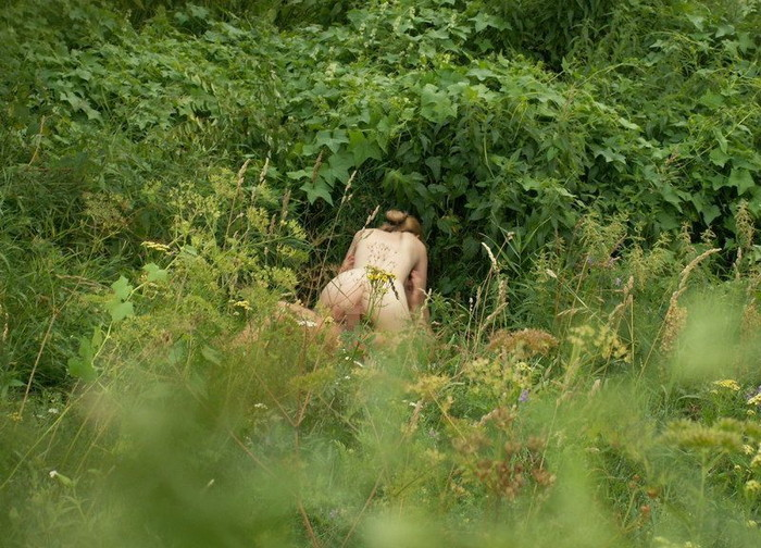 【青姦エロ画像】暖かくなってくると増えてくるバカップル画像がコチラww 11