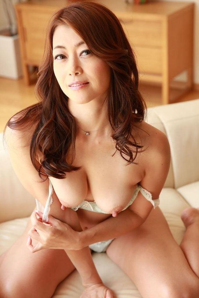 【北条麻妃エロ画像】このセレブ感パネェ!一度は抱いてみたい熟女系AV女優! 38
