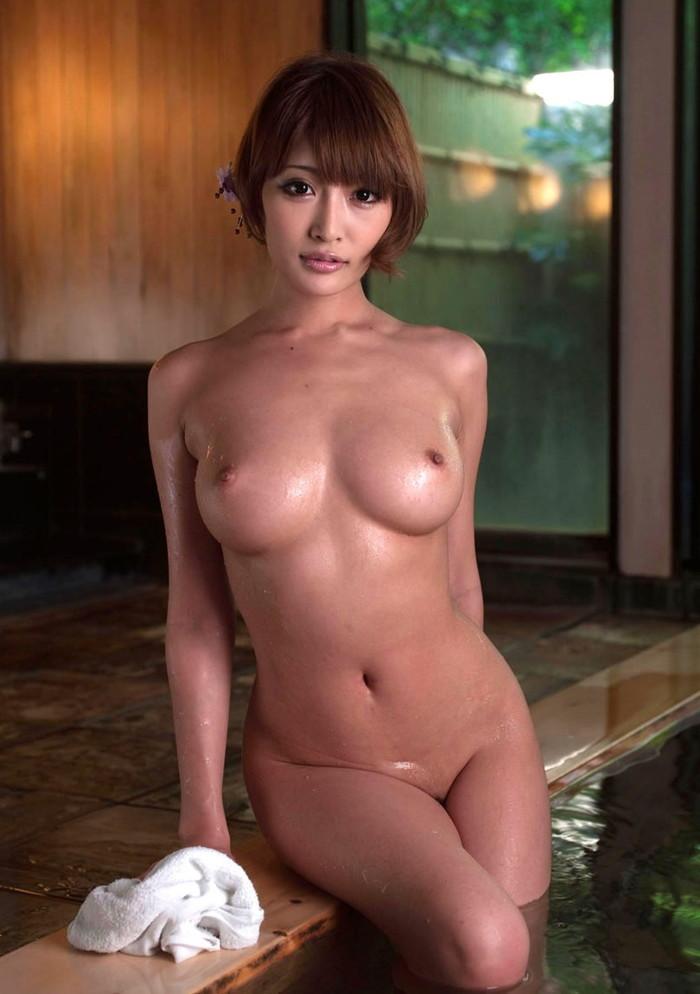 【入浴エロ画像】女の子の入浴シーン見たいやつ!ちょっと来い! 17