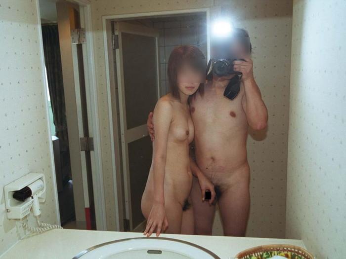 【カップル鏡撮りエロ画像】自分たちのセックスの記録を撮影するカップル! 07