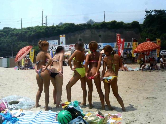 【悪ノリエロ画像】集団になった女の子たちってこんなに大胆なんだぜ!ww 02