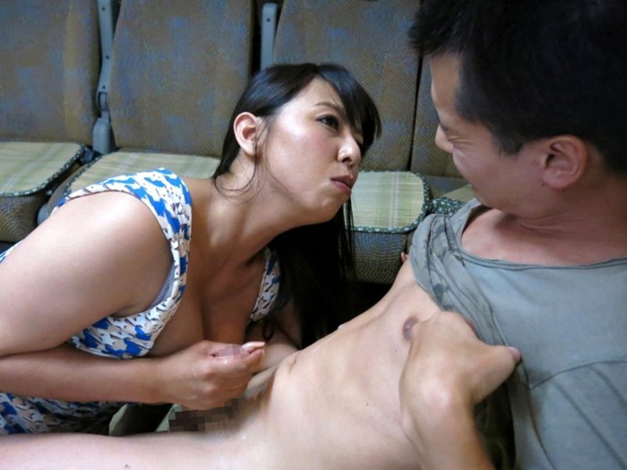 【アダルトビデオエロ画像】ちょっと面白そうなAV女優vs素人男性の企画AV! 01