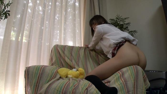 【角オナニーエロ画像】無機質な物質に自らオマンコを擦り付けて快楽を貪る女の子達! 24