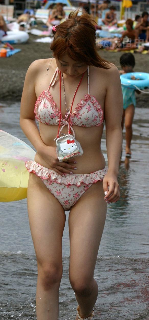 【素人水着エロ画像】夏の日差しと戯れる水着姿の素人娘にフル勃起! 12
